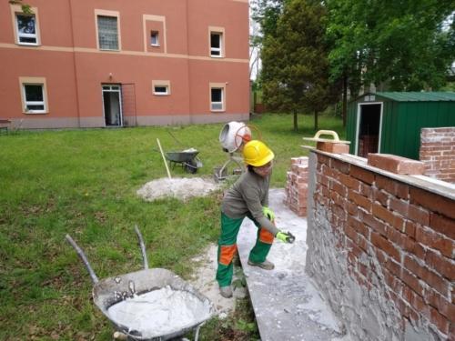 Euroinstitut stavební práce omítání zdi